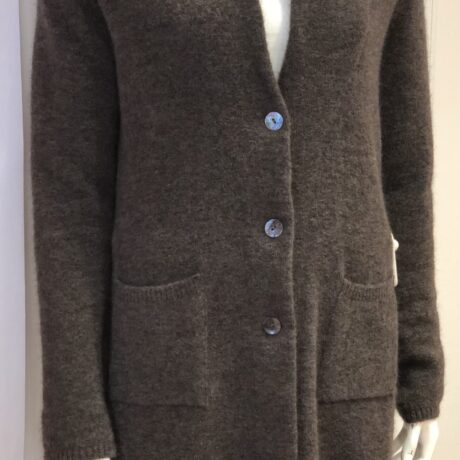 Vest Moonlight €289, Brown, 38% Superkid Mohair, 38% Extrafine Merinowool, 19% Polyamide, 5% Elastan