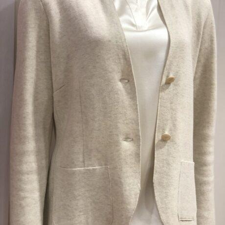 Vest 19-80 €199, Ivory, 100% Comed Cotton