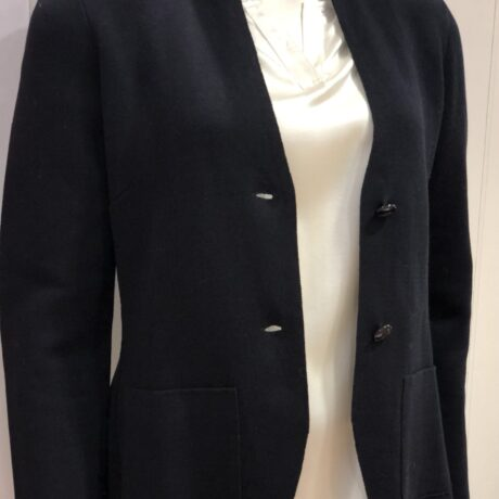 Vest 19-80 €199, Navy, 100% Comed Cotton